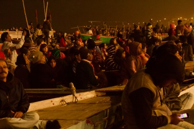 Devotees gathered for Ganga arti